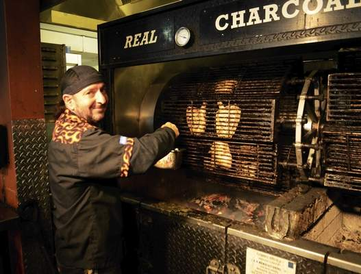 BBQ Love: PJ'S BAR-B-QSA Restaurant Celebrates 30 Years of BBQ